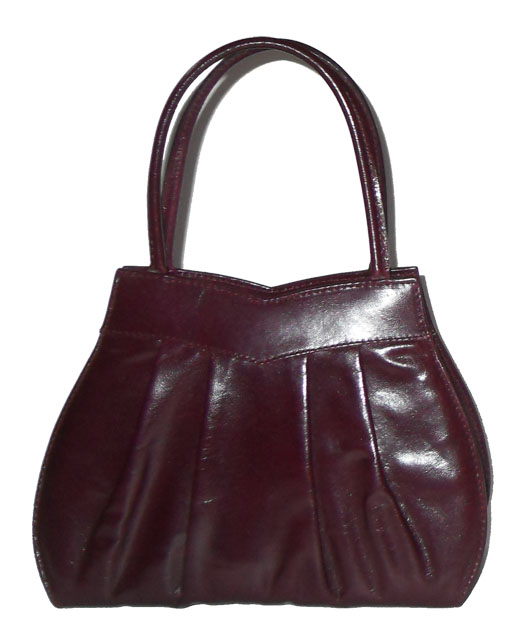 Small purple leather handbag made in Italy