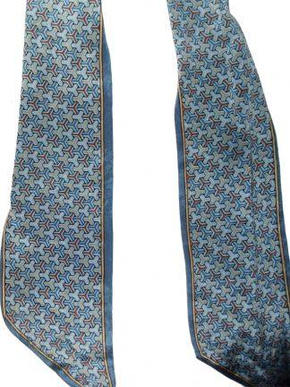 Silk foulard with a geometric design by Oscar de la Renta