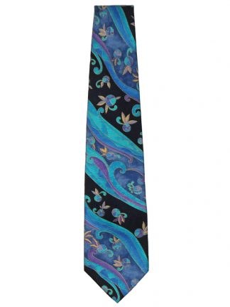 Stunning silk tie in shades of blue and purple