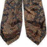 Vintage brown paisley design Yarn cravat